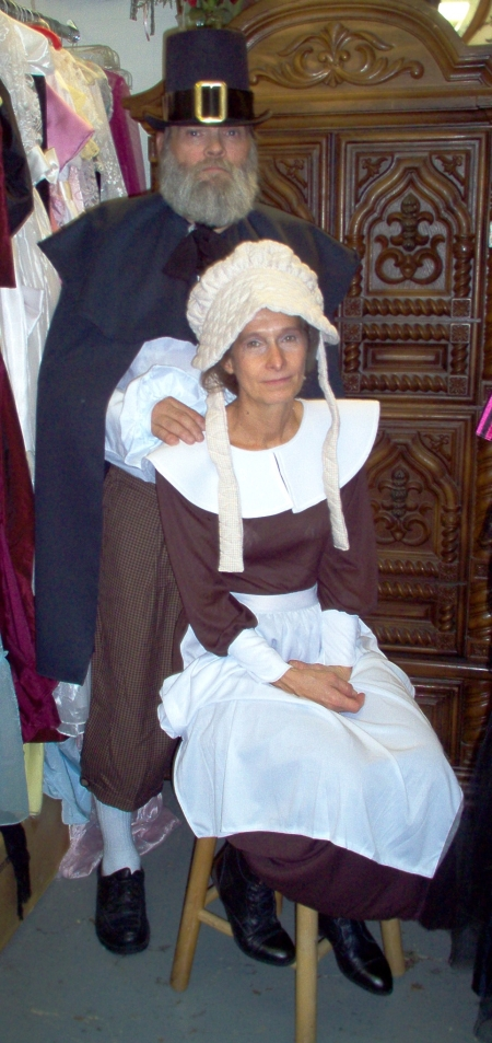 Colonial Couple and Colonial Outfits