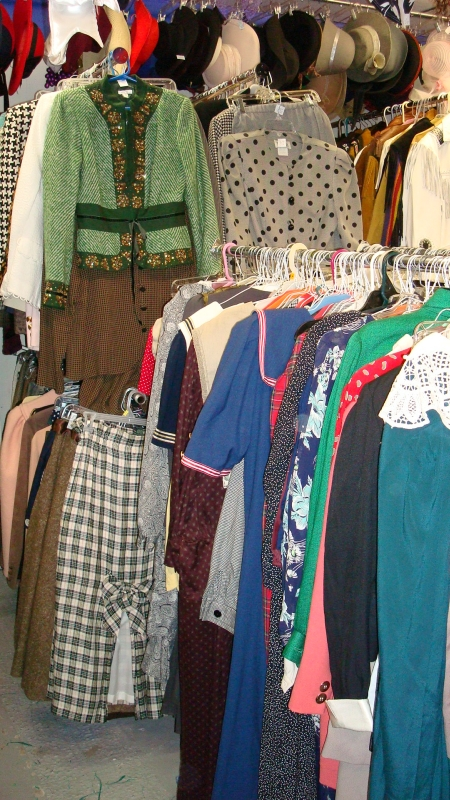ladies vintage  Dallas, Dallas area Vintage shops, Dallas Vintage Clothing Shops,  40's Dresses Dallas, Vintage Ladies Dresses, Vintage Ladies Suits, Vintage Ladies Hats & Coats