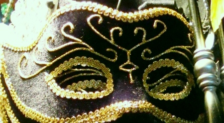 Men's Handsome Black and Gold Masquerade Mask with Fancy