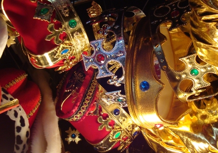 Gold and Red Crowns for Kings and Queens