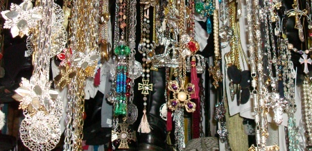 Medieval Necklaces, Crosses, Broaches, Medallions, Armbands, Belts, Etc.