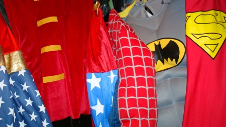 Super Heroes Suits, Super Hero Costumes, DC Comics, Marvel Comics, Avengers, Spiderman, Batman and Robin, Wonder Woman and a ton more Comic Book Super Hero costumes for Comic Con Dallas.