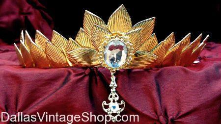 Unique Leaf-Pattern Gold Crown