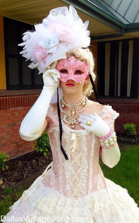 Gorgeous Ladies' Masquerade Costumes & Masks