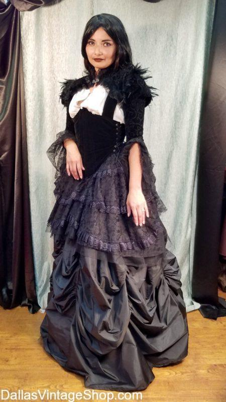 We  stock Vampire Character Costumes, Mina Harker Vampire Woman's Costumes, Bram Stroker's Dracula Attire,  We have Dracula Movie Vampire Costumes, Classic Vampire Characters Outfits, Victorian Vampires Attire, Goth & Gothic Vampire  Costumes,. Dallas Area Vampire Quality Costumes, Vampire Costume Shops.