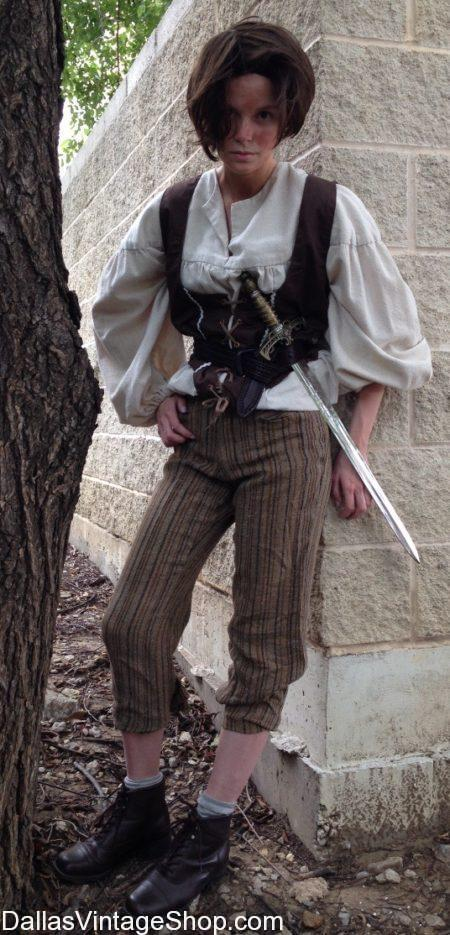 arya stark, female pirate, lady pirate, girl pirate costume, pirate swords