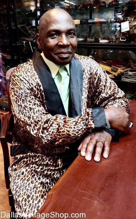 leopard smoking jacket, smoking jackets, vintage smoking jacket, Hugh Hefner smoking jacket, velvet smoking jacket, satin smoking jacket, luxurious smoking jackets, Brocade Smoking jackets