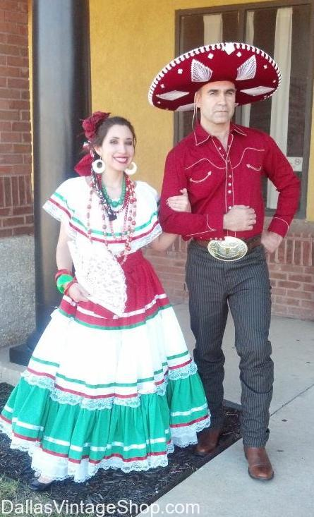 Mexican Couples Folklore Costumes, Mexican Costumes, Mexican Traditional Costumes, Costumes for Mexico, Mexico Costumes, buy Mexican costumes dallas, Mexican Fstival Clothing Dallas, find Mexican clothing Dallas, Sombraros Dallas, buy Sombreros Dallas, Mexican Sombreros Dallas, Mexican panchos Dallas, Mexican Saltillo Panchos Dallas, Mexican Sarapis Dallas, Sarapis Dallas