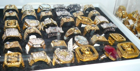 pimp costumes, pimp daddy costumes, Pimp Outfits, Pimp costume ideas, pimp and hoochie costume ideas, Mens Pimp Costume Jewelry, Pimp Daddy Rings, Mens Gaudy Rings, Mens Pimp Jewelry, Mens Royalty Rings, Mens Gangster Rings