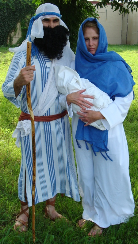 Biblical Joseph and Mary outfits