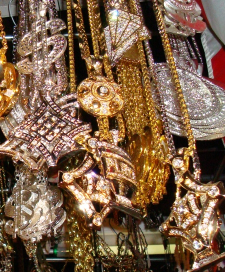 Hip-Hop Jewelry, Mens Gangsta Jewelry, Pimp Daddy Jewelry, Bling Bling Costume Jewelery