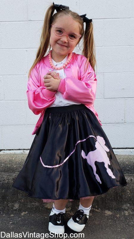 Get Girls Poodle Skirts, Poodle Skirt Petticoats, Poodle Skirt Socks, Poodle Skirt Blouses, Poodle Skirt Sweaters and every possible Poodle Skirt Costume Accessory you will ever need.