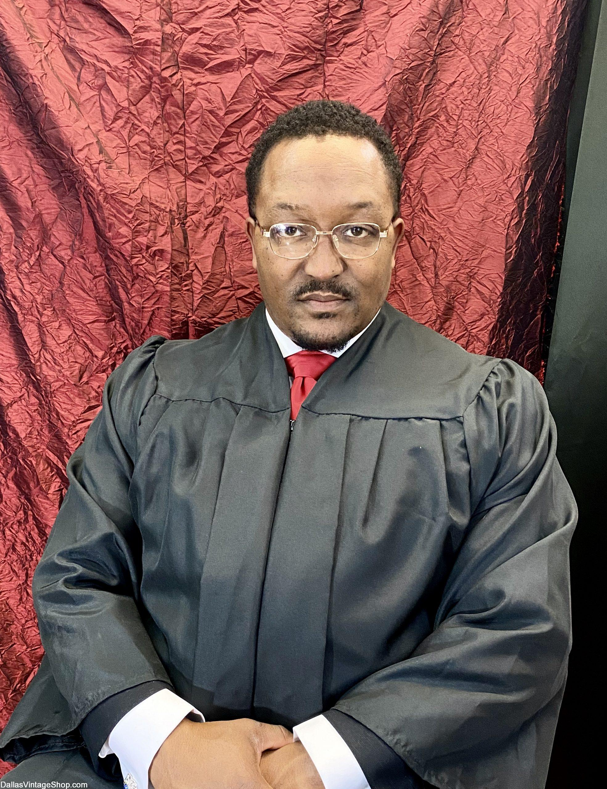 Black History Month Clarence Thomas, Black Historical Americans, Famous Black Americans, Important Black History People, Costumes Period Clothing in stock at Dallas Vintage Shop.