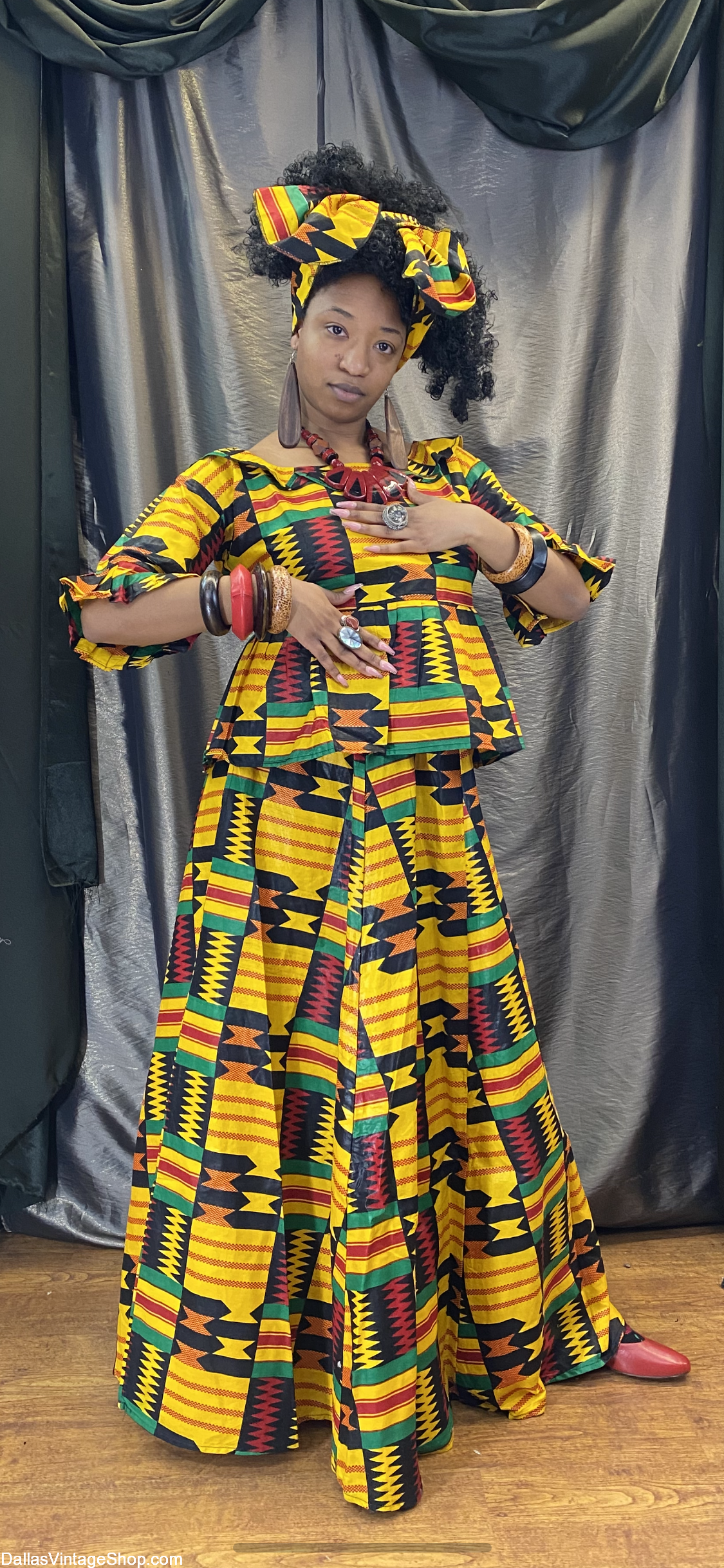 Black History Month Attire, Black Heritage Month Costues, Black History Fashions and African American Month Clothing and accessories are at Dallas Vintage Shop.